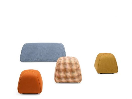 collectie bimbom kruk pouf in stof design on stock