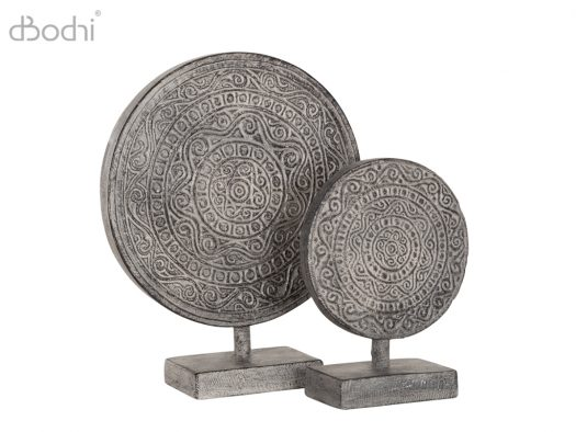 beeld ornament dbodhi woonaccessoires circle on stand