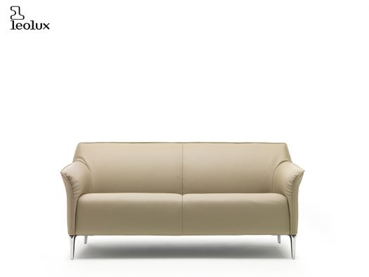 Mayon designbank merk leolux in leder deruijtermeubel