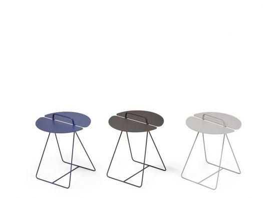 bijzettafel-daisy-blauw-zwart-wit-design-moome-de-ruijtermeubel