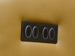 detail Rizano leder relax elektrisch inhouse deruijtermeubel ligstand
